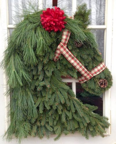 Christmas wreath: horse
